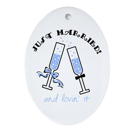 Champagne Just Married Oval Ornament
