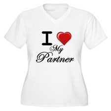i love my Partner.png Plus Size T-Shirt