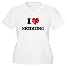 I Love Skidding Plus Size T-Shirt