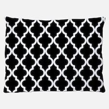 Black: Quatrefoil Moroccan Pattern Dog Bed