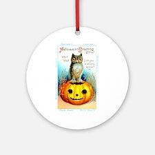 Halloween Owl & Pumpkin Ornament (Round)