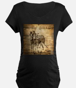 western country farm horse Maternity T-Shirt