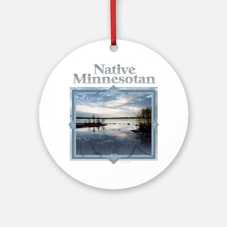 Cute Minnesotan Round Ornament