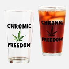 CHRONIC FREEDOM Drinking Glass