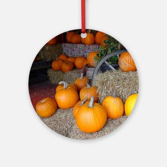 Pumpkin scene Round Ornament