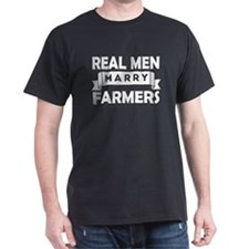 Real Men Marry Farmers T-Shirt
