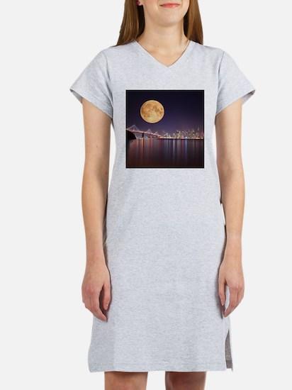 San Francisco Full Moon Women's Nightshirt