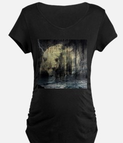 cabin rustic grizzly bear Maternity T-Shirt