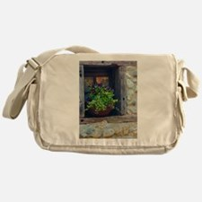 Cute Brett Messenger Bag