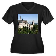 NEUSCHWANSTE Women's Plus Size V-Neck Dark T-Shirt