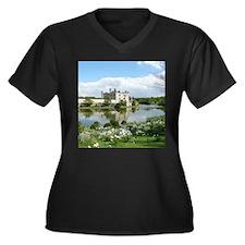 LEEDS CASTLE Women's Plus Size V-Neck Dark T-Shirt