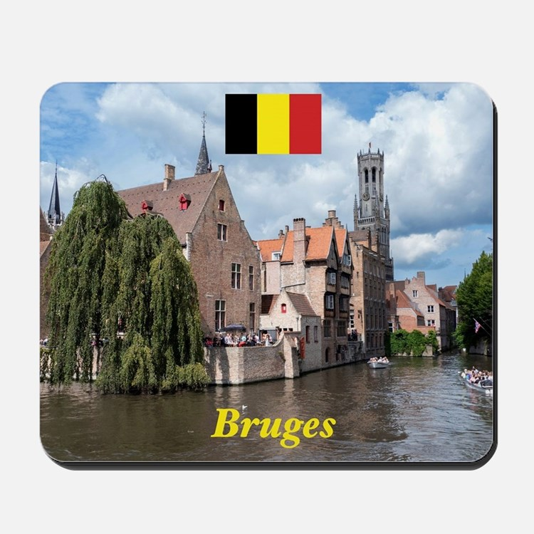 Stunning! Bruges canal Mousepad