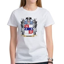 Norris Coat of Arms - Family Crest T-Shirt