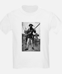 Blackbeard at attention with rifle T-Shirt