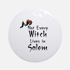 HALLOWEEN - NOT EVERY WITCH LIVES I Round Ornament