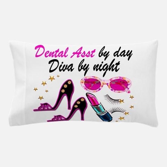 CHIC DENTAL ASST Pillow Case