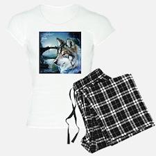 romantic moonlight wild wol Pajamas