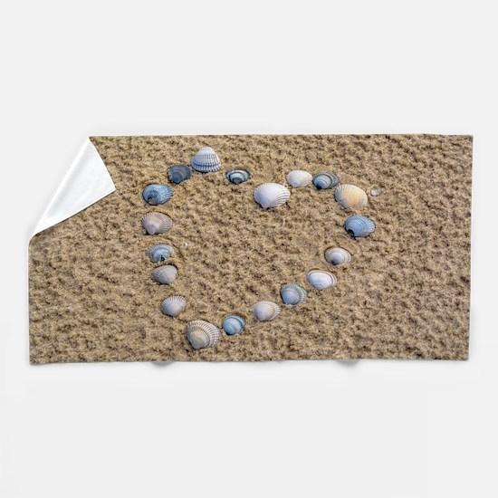 Seashell heart Beach Towel