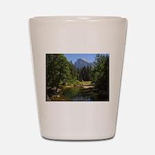 yosemite national park/ Shot Glass