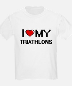 I Love My Triathlons Digital Retro Design T-Shirt