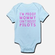 Proof Mommy Cant Resist Pilots Body Suit