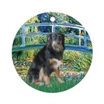 Bridge-Aussie Shep - Tri (L) Ornament (Round)