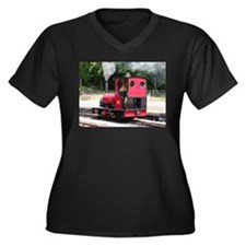 Red steam train engine, Wales 2 Plus Size T-Shirt
