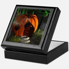 Halloween, pumpkin house Keepsake Box