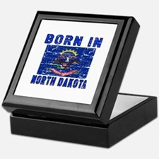 Born in North Dakota Keepsake Box