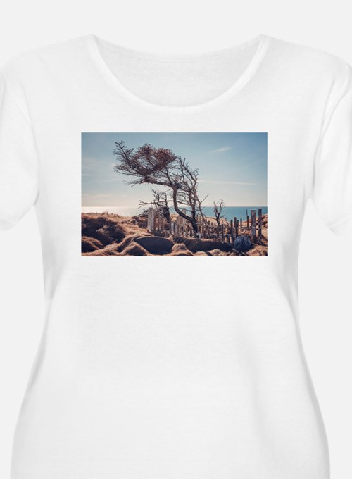 Graveyard by the sea Plus Size T-Shirt