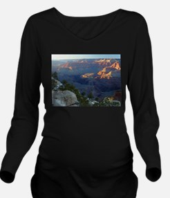Grand canyon picture Long Sleeve Maternity T-Shirt