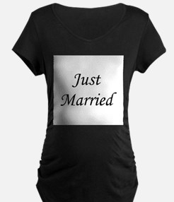 justmarried_black.png T-Shirt