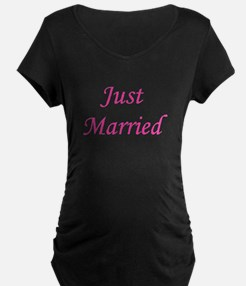 3-justmarried_pink_TR.png T-Shirt