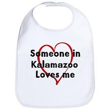 Loves me: Kalamazoo Bib