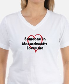 Loves me: Massachusetts Shirt