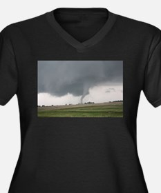 Field Tornado Plus Size T-Shirt