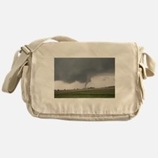 Field Tornado Messenger Bag