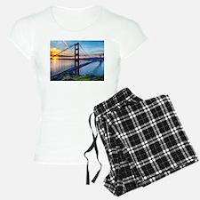 Golden Gate Bridge pajamas
