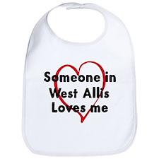 Loves me: West Allis Bib