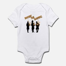 ROCKIN THE BAGPIPES Infant Bodysuit