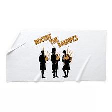 ROCKIN THE BAGPIPES Beach Towel