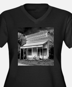 Clements Country Store. Plus Size T-Shirt