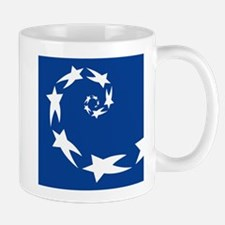 star spiral white dk blue Mugs