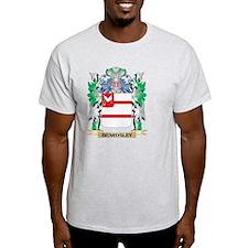 Beardsley Coat of Arms - Family Crest T-Shirt
