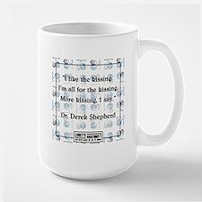 I LIKE THE KISSING Large Mug