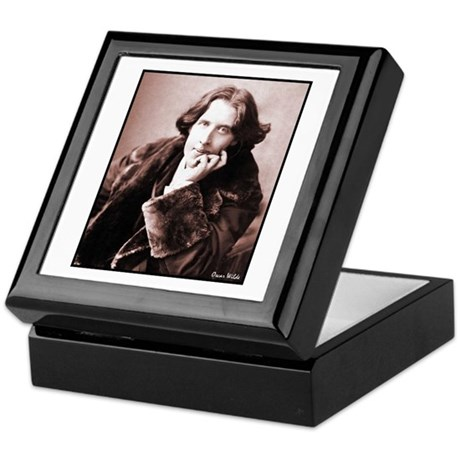 Wilde Keepsake Box