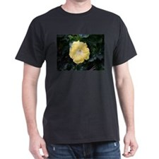 Pale yellow hibiscus flower T-Shirt