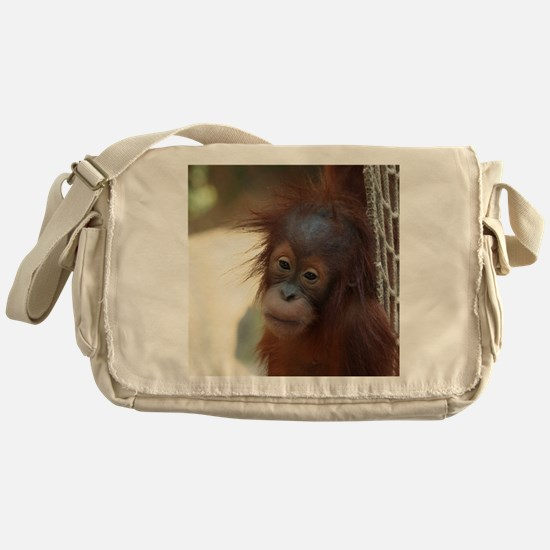 OrangUtan1002 Messenger Bag
