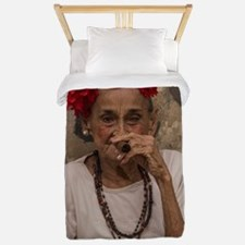 Old lady smoking cuban cigar in Havana Twin Duvet