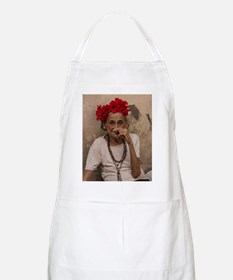 Old lady smoking cuban cigar in Havana Apron